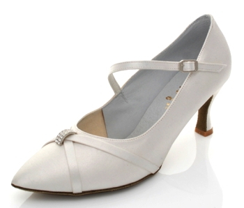buty do standardu, ARTIS model DS-17 ecru satyna